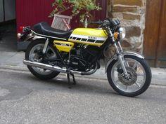 Yamaha RD 400 - little yellow bastard