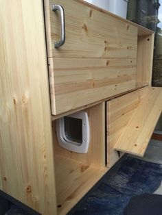Two-storey cat litter house with nightlight