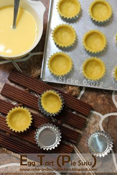 Gonna make it Pastry And Bakery, Pastry Cake, Pumpkin Cookie Recipe, Cookie Recipes, Bolu Cake, Portuguese Egg Tart, Indonesian Desserts, Biscuits, Chocolate Cake Recipe Easy