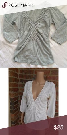 ❤️Anthropologie Ettwa Split Ladder Top❤️ Excellent condition! No rips, stains or tears. Size small. 3/4 sleeve length. Anthropologie Tops Tees - Short Sleeve