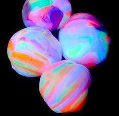 Recette de balle rebondissante et phosphorescente turoriel gratuit - DIY)