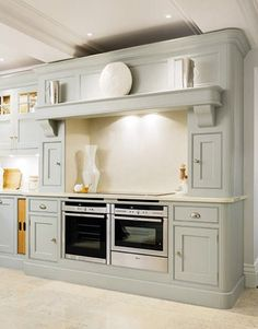 A luxury kitchen needs luxury appliances, which is why we partner with some of the top kitchen appliance brands including Miele, Neff, Sub-Zero & Wolf. Kitchen Mantle, Barn Kitchen, New Kitchen, Kitchen Ideas, Kitchen Appliances Brands, Kitchen Appliance Storage, Grey Painted Kitchen, Kitchen Paint, Traditional Kitchen Inspiration