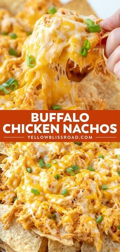 Buffalo Chicken Nachos - Crunchy tortilla chips loaded with chicken, drenched in a spicy buffalo ranch sauce and smothered in cheese! Your hungry game day crowd will love this easy appetizer! via # Easy Recipes dinner Buffalo Chicken Nachos Buffalo Chicken Nachos, Buffalo Chicken Recipes, Buffalo Chicken Stuffed Peppers, Cheese Chips, Nacho Cheese, Cheese Food, Cheese Sauce, Easy Cheese, Snacks Sains