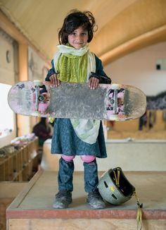 skate girl #3 | kabul, afghanistan | foto: jessica fulford-dobson