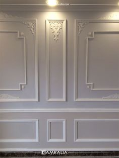 Wall Decor Design, Wall Paneling Diy, Chic Living Room Decor, Cornice Design, Ceiling Design, Home Entrance Decor, Door Glass Design, Living Room Design Modern, Wall Design