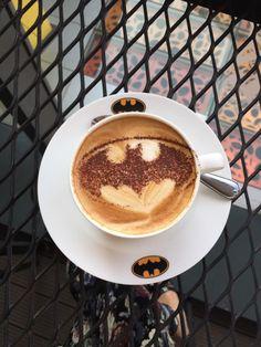 Sunway Putra Mall - Kuala Lumpur. Batman coffee.