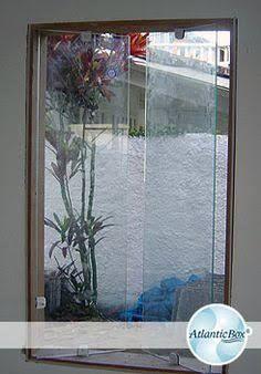 Resultado de imagem para janela vidro blindex abrindo como basculante