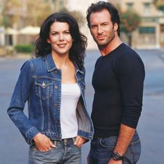 Lauren Graham and Scott Patterson as Lorelei and Luke from Gilmore Girls Rory Gilmore, Gilmore Girls Cast, Gilmore Girls Quotes, Stars Hollow, Scott Patterson, Lauren Graham, Luke And Lorelai, Glimore Girls, Star Wars