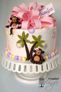 Monkey Baby Shower Cake - Super cute! :-) With Bow and Monkeys We totally love this cake!