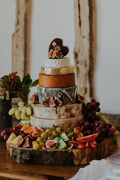 Choosing a Cheese Wedding Cake - Top Tips to Consider | Photo by Lola Rose Photography | Becky Harley Photography