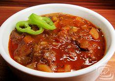 Vörösboros Marhapörkölt – Wescher.hu Chili, Soup, Meat, Kitchen, Cooking, Chile, Kitchens, Soups, Chilis