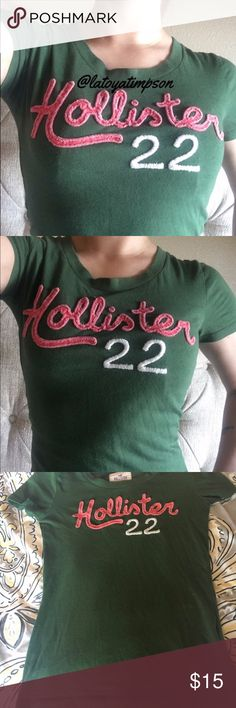 (MAKE OFFER) HOLLISTER Shirt (S) MAKE AN OFFER!! NO LOWBALLS•Used •Size S •Green •Lettering Coral pink• Bust can stretch •Length (will Update) Hollister Tops Tees - Short Sleeve