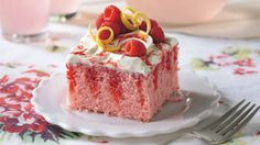 Easy cake recipes to feed a crowd