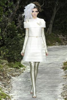 Chanel Spring Couture 2013 - Slideshow - Runway, Fashion Week, Reviews and Slideshows - WWD.com