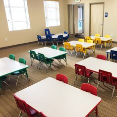 A furnished with Classic School Chairs & Rectangle Activity Tables Kids Table And Chairs, Kid Table, Modern Classroom, Classroom Decor, School Chairs, Kindergarten Class, School Furniture, School Items, School Decorations