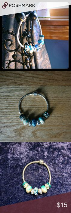Silver Tone Aqua Blue Charm Bracelet Very nice, great gift Jewelry Bracelets