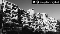 "We are again presenting our great friends of  @everydayruhrgebiet    ""Häuserreihe in Bochum Steinkuhl""  Photographer @_iguelreyes  #bochum #ruhrgebiet #Ruhrpott #Ruhryork #Germany #alemania #Deutschland #arquitetura #architecture #archilovers #bnw #bnw_planet #bnw_globe #bnw_city_streetlife #blackandwhite #vsco #vscocam #blancoynegro #liveauthentic #neverstopexploring #wanderlust"