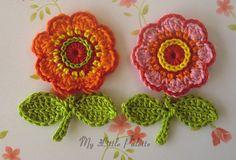 NEWCrochet Flowers with leaves 4 pc 1 by Mylittlepalette on Etsy Crochet Puff Flower, Crochet Flower Tutorial, Crochet Leaves, Knitted Flowers, Crochet Flower Patterns, Flower Applique, Crochet Motif, Crochet Designs, Crochet Bookmarks