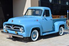 1955 Ford F100 Pick-Up.