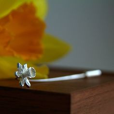 Silver Daffodil Brooch Pin - Spring Flower Pin - Silver Stick Pin - Welsh Gift - Mother's Day Present - Sterling Silver Handmade UK Jewelry