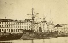 Villas, Model Ships, Tall Ships, Battleship, Old World, Arsenal, Sailing Ships, 19th Century, Paris Skyline
