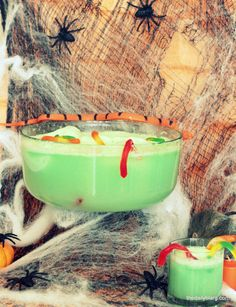 25 Halloween Recipe Ideas You Can't Miss {  Link Up} | http://crazyadventuresinparenting.com/2012/10/25-halloween-recipe-ideas-you-cant-miss.html