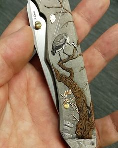 Neck Bones, Custom Folders, Knife Art, Metal Engraving, Folding Knives, Weapons, Blade, Ideas, Knives
