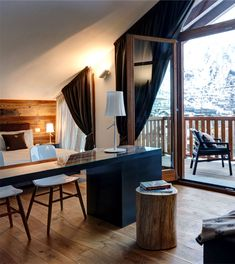 Charming Decor for a 5-star Hotel Surrounded by Nature
