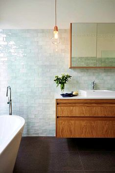 Bathroom vanity lighting fixtures subway tiles 56 new ideas Bathroom Tile Designs, Modern Bathroom Design, Bathroom Colors, Bathroom Interior Design, Bathroom Ideas, Bathroom Remodeling, Best Tiles For Bathroom, Tiled Bathrooms, Bathroom Tiling