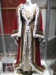 ゚\u0027゚・✿Queen Victoria \u0027s coronation gown✿*゚