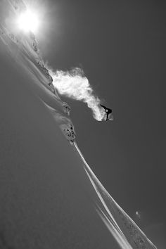 Want to snowboard! Ski Extreme, Extreme Sports, Best Snowboards, Snow Fun, Kayak, Snow Skiing, Winter Wonder, Ski And Snowboard, Black And White Photography