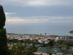 Malaga, Chalet, 1,000,000 €, 5, 3, RF592464Estupendo chalet con vistas panorámicas al mar en la Cala de Mijas.