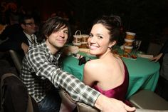 Pin for Later: Celebrities Who Pulled Off Secret Weddings Mandy Moore and Ryan Adams In March 2009, Mandy Moore and musician Ryan Adams, who have since split, had a top-secret wedding in Savannah, GA.