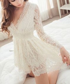 Sweet V-Neck Long Sleeves Solid Color Lace Dress .
