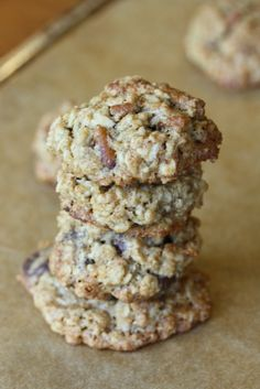 Cowboy cookies sound yummy and look easy enough to make...I think this is the cookie that I will make for the cookie swap this year!