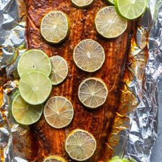 This Chili Lime Baked Salmon is so simple, fast and full of flavor! A quick chili lime sauce is brushed on the salmon before it is roasted for about 15 minutes. Try this easy Oven Baked Salmon for dinner tonight! Asperges Prosciutto, Prosciutto Asparagus, Chicken Asparagus, Salsa Marinara, Oven Baked Chicken Parmesan, Baked Salmon Recipes, Cheese Bites, Chili Lime, Asparagus