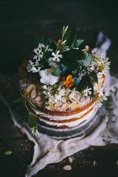moonandtrees: Orange Almond Cake with an Orange Blossom Buttercream + Summer 2014 Online Food… Adventures in Cooking