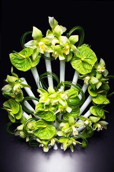 Aprilli Peacock Vase Flower Vase Design, Flower Vases, Flowers, Digital Fabrication, Floral Arrangements, Peacock, Design Art, Herbs, Shapes
