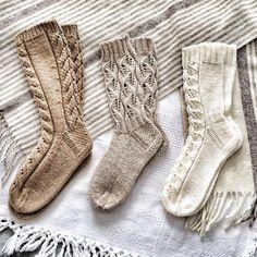 Work Socks, Kids Socks, My Socks, Mitten Gloves, Mittens, Lace Socks, Fashionable Snow Boots, How To Purl Knit, Boot Cuffs