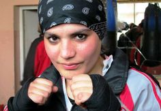Afghanistan's first female Olympic boxer eyes London dream / CNN London Dreams, Female Boxers, Olympic Committee, Women Boxing, Girl Fights, Types Of Women, Boxing News, Pioneer Woman