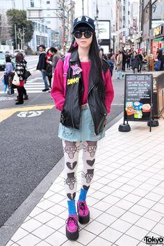 """RT @TokyoFashion: Clear Winged Backpack, Pink Creepers & Choco Moo x AvantGarde Harajuku Tights http://flip.it/a8ol4"""