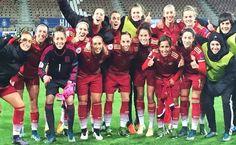 España debuta con victoria