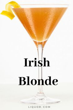 With St. Patrick's Day just around the corner, add the Irish Blonde cocktail to your list of must-haves at your St. Whiskey Cocktails, Classic Cocktails, Fun Cocktails, Cocktail Drinks, Fun Drinks, Yummy Drinks, Cocktail Recipes, Alcoholic Punch, Alcoholic Beverages