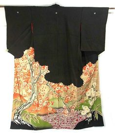 another piece of art which is pre WWII and this #kimono actually had been worn by a #Geisha