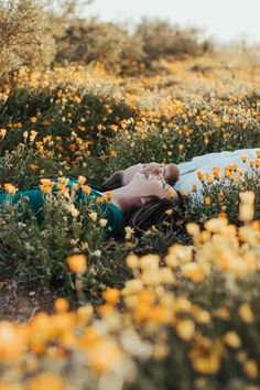 Gabby & Austin's Flower Field Engagement Session — Something Adventurous Photo Poses For Couples, Couple Picture Poses, Couple Photoshoot Poses, Photo Couple, Couple Photography Poses, Couple Shoot, Engagement Photography, Field Engagement Photos, Engagement Session