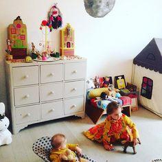 Nightnight #latergram #nursery #kidsroom #kinderkamer #kinderzimmer #kinderkamerstyling #barnum #circus #mylove #mybaby #mygirl #homedesign #homedecor #homedecoration #instakids #interior #interiordesign #instakidsfashion #minalulu #mermag #playtime #playfulbrownstones #nightnight