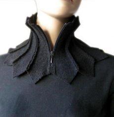 scarf shawl collar collar collar scarf wollwalk and loop Upcycling Fashion, Diy Fashion, Ideias Fashion, Fashion Design, Unique Fashion, Paris Fashion, Fashion Ideas, Tissu Neoprene, Popular Necklaces