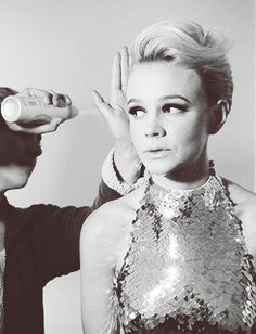 Carey Mulligan. Wish I could figure out how to do this with my hair!