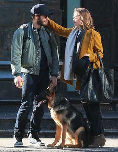 Imagini pentru the north face jake gyllenhaal