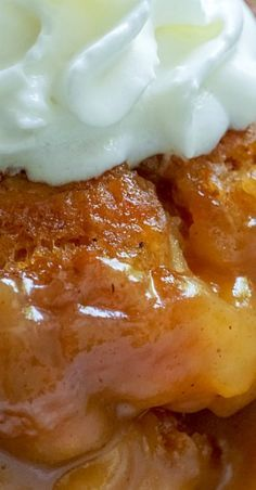 Tennessee Peach Pudding Super delicious and easy! Pudding Desserts, Köstliche Desserts, Delicious Desserts, Yummy Food, Cheesecake Pudding, Banana Pudding Recipes, Cheesecake Cookies, Plated Desserts, Fun Food